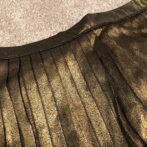 Abercrombie & Fitch Skirts - Abercrombie Pleated Metallic Midi Skirt